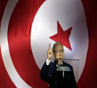 هل تونس هي الاستثناء الوحيد في حركة الثورة العربية؟