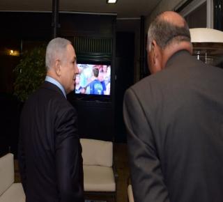 بعد يوم واحد من زيارة شكري: غارات إسرائيلية على مواقع