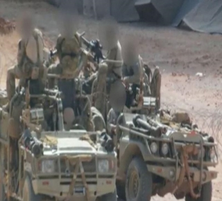 بعد فشل القوات البريطانية: الجيش الأمريكي يؤجل معركة الرقة ويدفع بـ250 جنديا لتعزيز حصار الطبقة