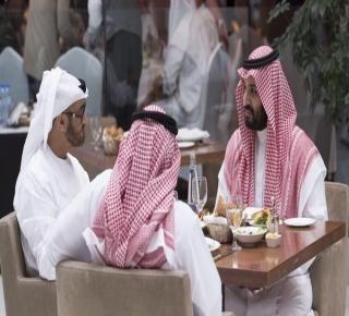 بلغت حدا جنونيا: ثلاثة دوافع وراء حملة الأميرين محمد بن سلمان ومحمد بن زايد على قطر