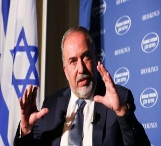 ليبرمان يتحدث عن تطبيع كامل مع العرب قريبا: فشل رهان المحاصرين، حتى الآن، في