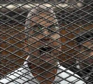 عصام سلطان من داخل زنزانته: هذه شهادتي على الإخوان .. حتى الآن لم أرَ أحداً منهم خضع أو تراجع