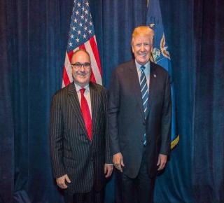 حاكم الإمارات حاول لقاءه خارج البيت الأبيض: كيف سعى ابن زايد وابن سلمان للتأثير في ترامب وكسب تأييده