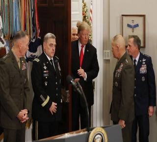 لم يكن فلتة عابرة ولا مجرد ابتزاز مالي: لماذا لا يمكن استبعاد انسحاب الأمريكيين من شمال سوريا؟