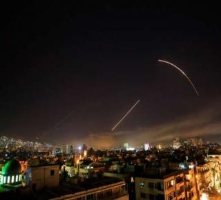 ربما ضحك منها الأسد قبل غيره: رسالة الضربات للطاغية.. اذبح شعبك بأي سلاح غير الكيماوي