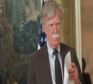 كان وراء الانسحاب من الاتفاق الإيراني: هيمنة بولتون على البيت الأبيض تعيق التسوية الخليجية