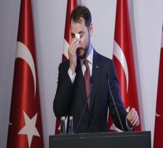 لماذا تعمَق الشرخ بين تركيا وأمريكا: يطمح أردوغان إلى الإثبات بأنه ليس في جيب أي قوة عظمى