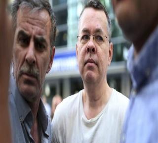 يشمل رفع العقوبات الأمريكية: حديث عن اتفاق سري بين حكومتي ترمب وأردوغان للإفراج عن القس الأمريكي