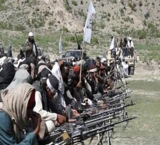 شمل التمويل والتدريب: إيران تكثف دعمها لحركة طالبان بعد سنوات من العداء