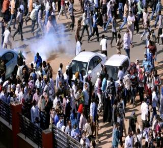 دروس الثورات العربية عسى أن يستفيد منها السودان