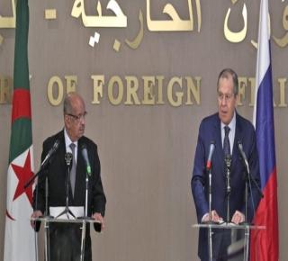 تريد موسكو تقليل التأثير الغربي في المنطقة وملء الفراغ: روسيا تتجه إلى المغرب الكبير