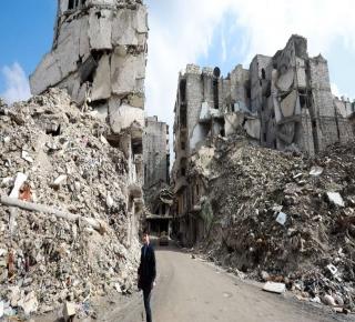 المعركة الجديدة في سوريا: لا أحد يريد مساعدة بشار الأسد في إعادة بناء ما دمره