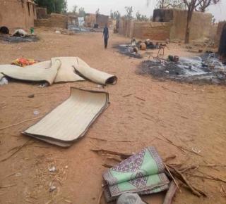 فرنسا وحكومة باماكو تغذيان حرب المليشيات: