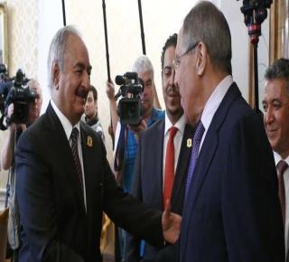 لم تُظهر أي استنكار لهجومه: روسيا لا تريد خسارة الجنرال حفتر في هجومه على طرابلس