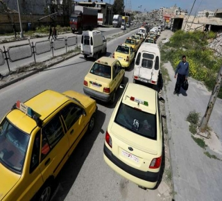 يواجه مخلَفات الحرب وحيدا وحلفاؤه عاجزون عن مساعدته: أزمة البنزين تهزَ نظام الأسد