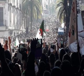 نصيحة من قلب الساحات والميادين: لا لتصدَر الإسلاميين الثورات