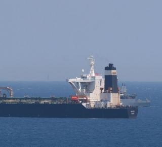 حجز النفط الإيراني: ليس لدى نظام الأسد من خيار بديل سوى روسيا