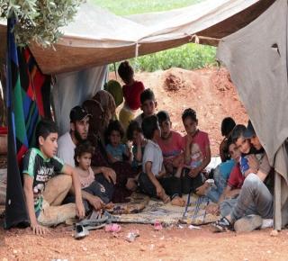 ما هدف الأتراك من إعادة النازحين السوريين إلى شمال سوريا؟