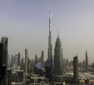 مغامرات الإمارات تأتي بنتائج عكسية: نأت بنفسها عن التصعيد ضد إيران لكنها تظلَ محمية أمريكية