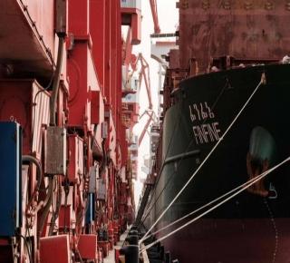 من أكبر الشركاء التجاريين لإيران والسعودية: البنتاجون يحذر من تنامي نفوذ الصين في المنطقة