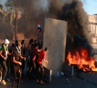 الاحتجاجات شملت قطاعًا عريضًا من العراقيين: نظام بغداد غير قادر على إصلاح نفسه
