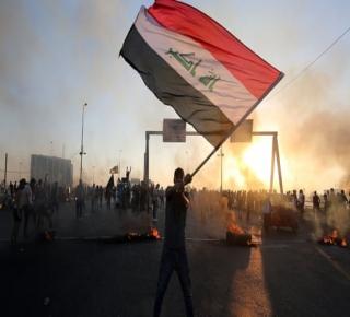 احتجاجات العراق صراع بين تيارين شيعيين، أحدهما موال لإيران والثاني مناهض للقوى الحليفة لطهران