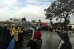 هجوم قوات الإنقلاب على طالبات الأزهر بالجامعة والمدينة بقنابل الغاز والطالبات يستغثن